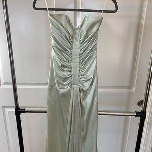 Jessica McClintock light green prom gown - size 2